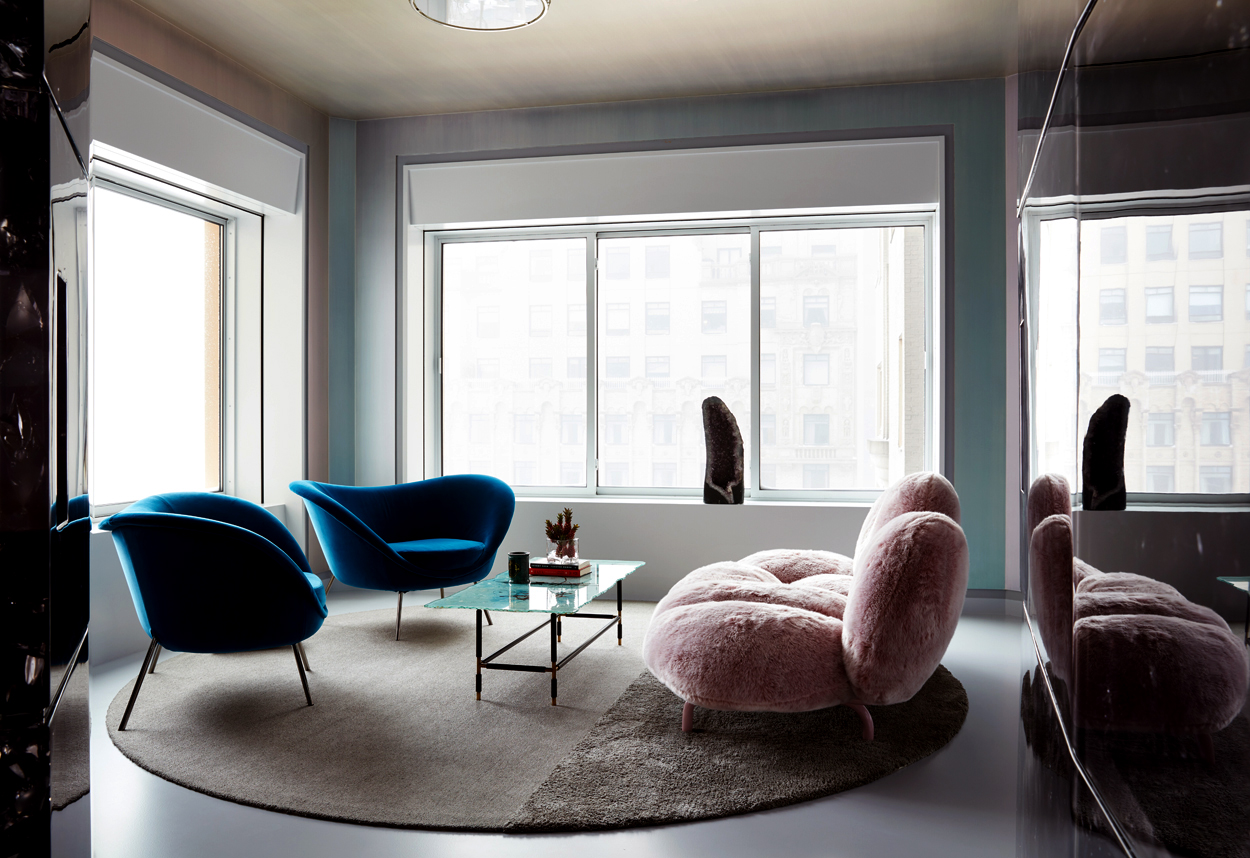 The sitting room. Photo: Stephen Kent Johnson/New York Magazine.